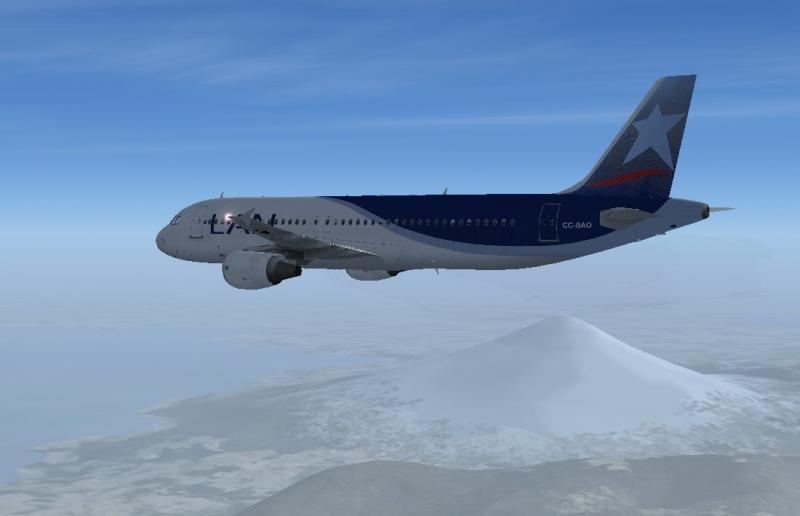 Vuelo de Santiago de Chile a Puerto Montt, paso obligado para Chiloé. Volcán Osorno al fondo.
