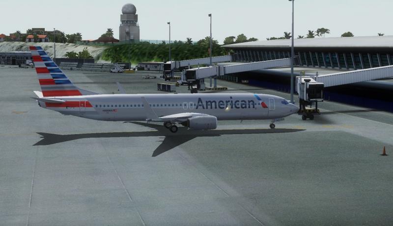 En Princess Juliana International Airport (TNCM) con la nueva librea de American con plan de vuelo a Miami (KMIA)