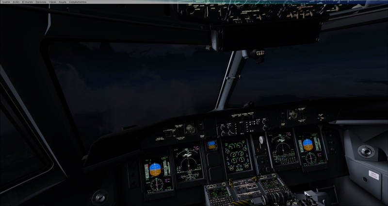 Noche de tormenta en descenso hacia La Aurora-Guatemala MGGT