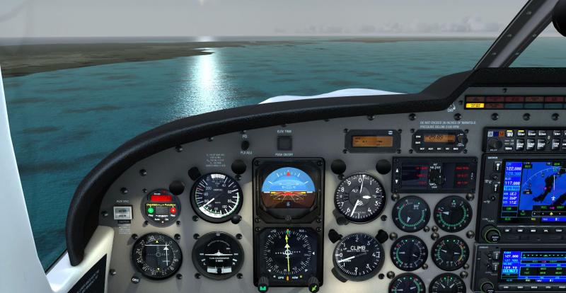 Vuelo VFR de Cayo Largo a Cayo Coco una envidiable mañana caribeña. Pista 08 de MUCC a la vista.... ¡que bien lo vamos a pasar!!